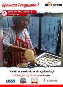Catering Ibu Arti : Usaha Saya Jadi Cepat dan Efektif Dengan Mesin Egg Roll Maksindo